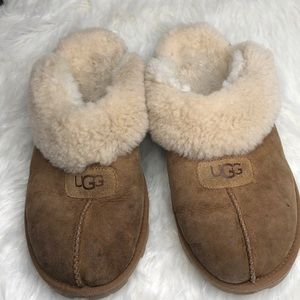 UGG men's slippers size 42 very worn